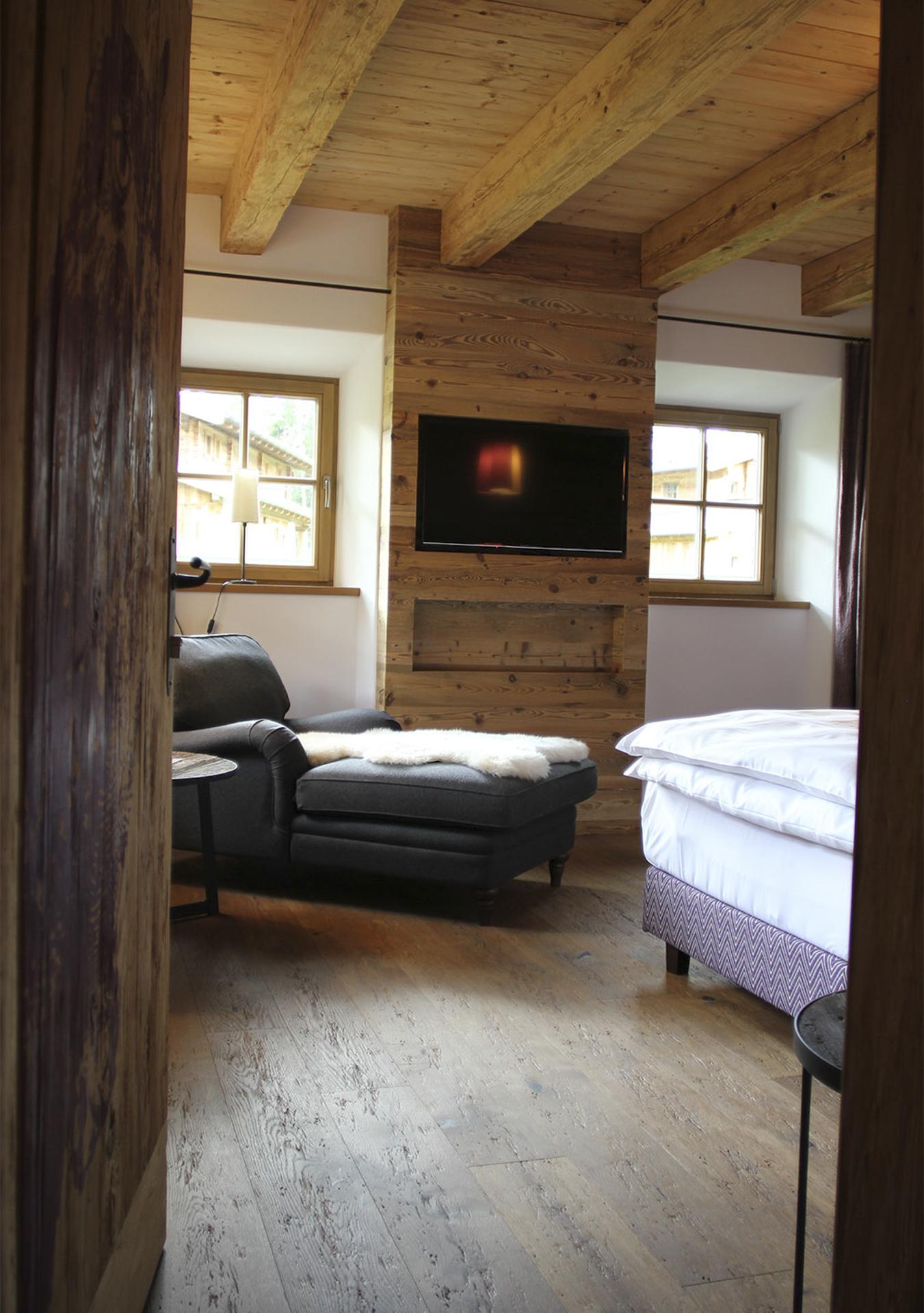 tischlerei-decker-Chalet-Eule-Schlafzimmer