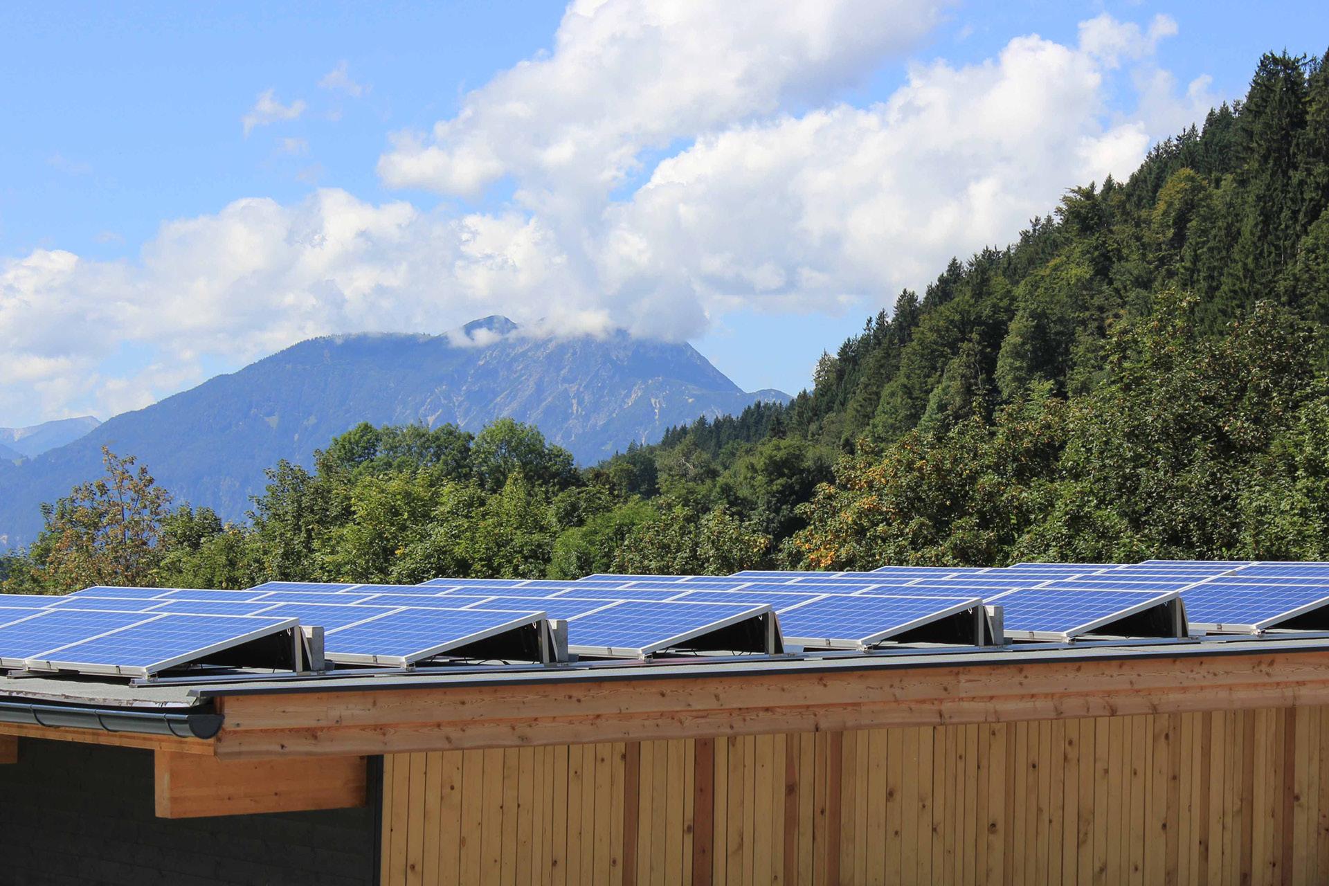 Tischlerei-Decker-Neuigkeiten-Umwelt-Photovoltaik-Dach