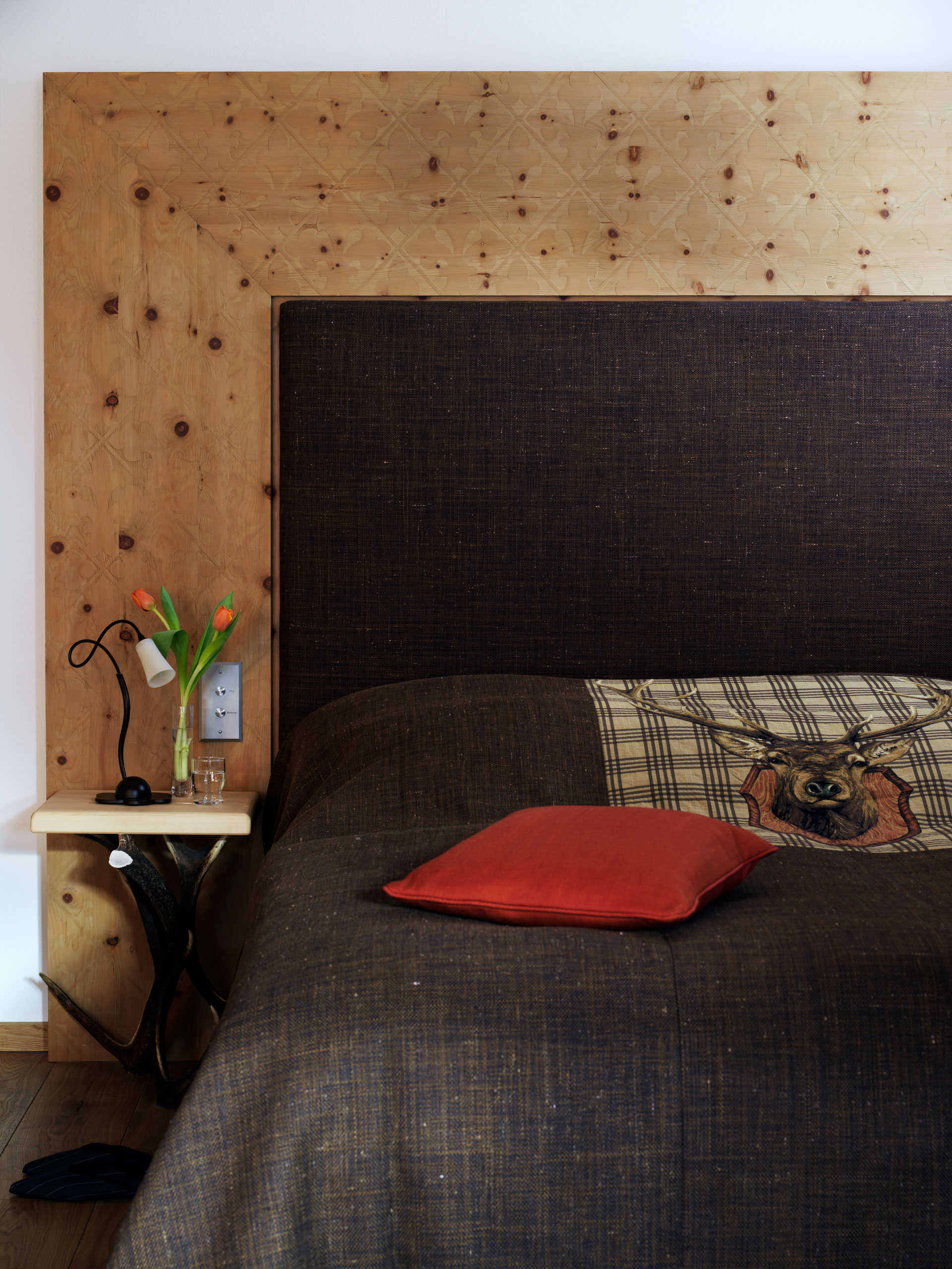 Tischlerei-Decker-Projekte-Egerner-Hoefe-Bett-Close-up