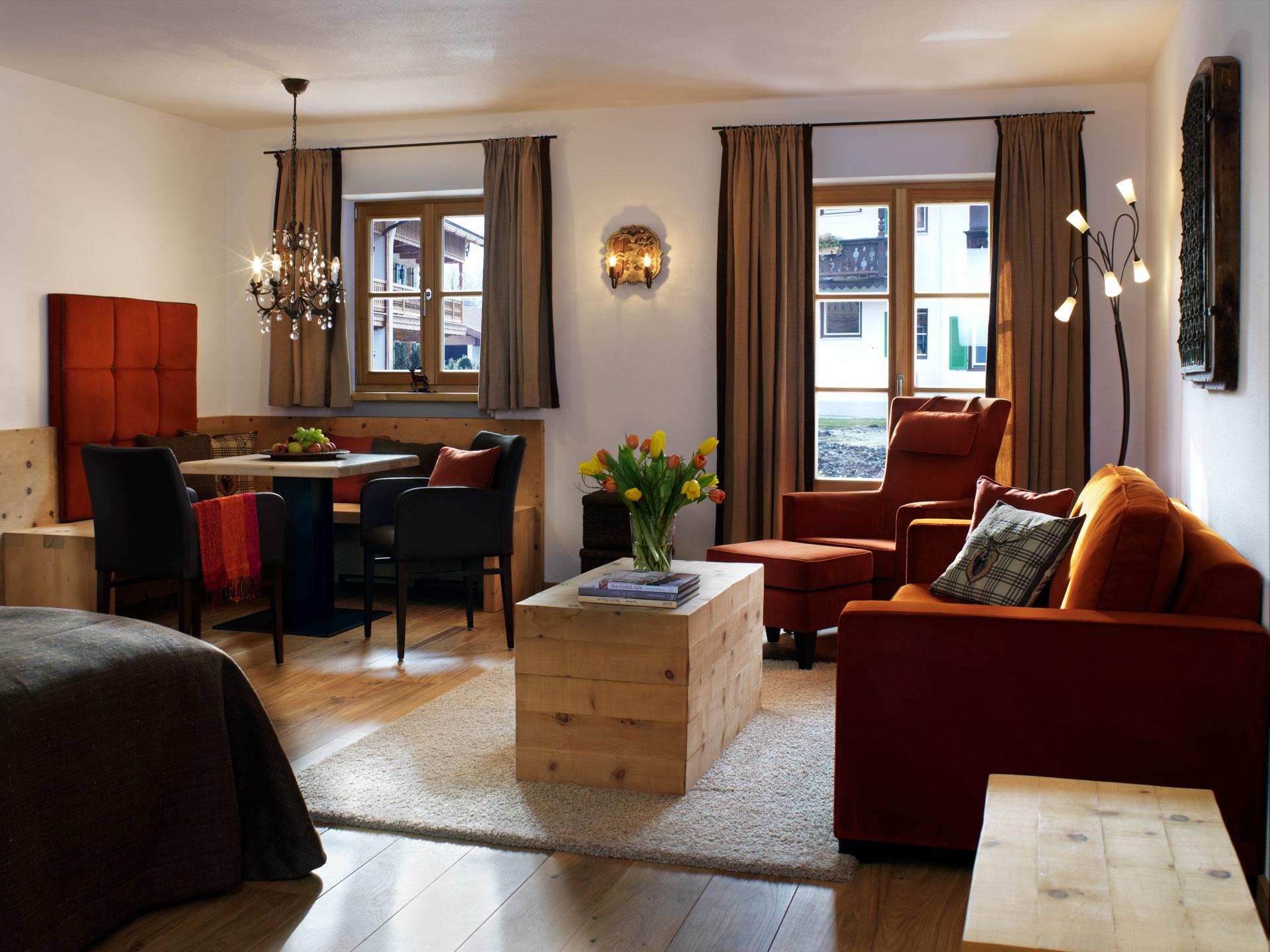 Tischlerei-Decker-Projekte-Egerner-Hoefe-Wohnbereich