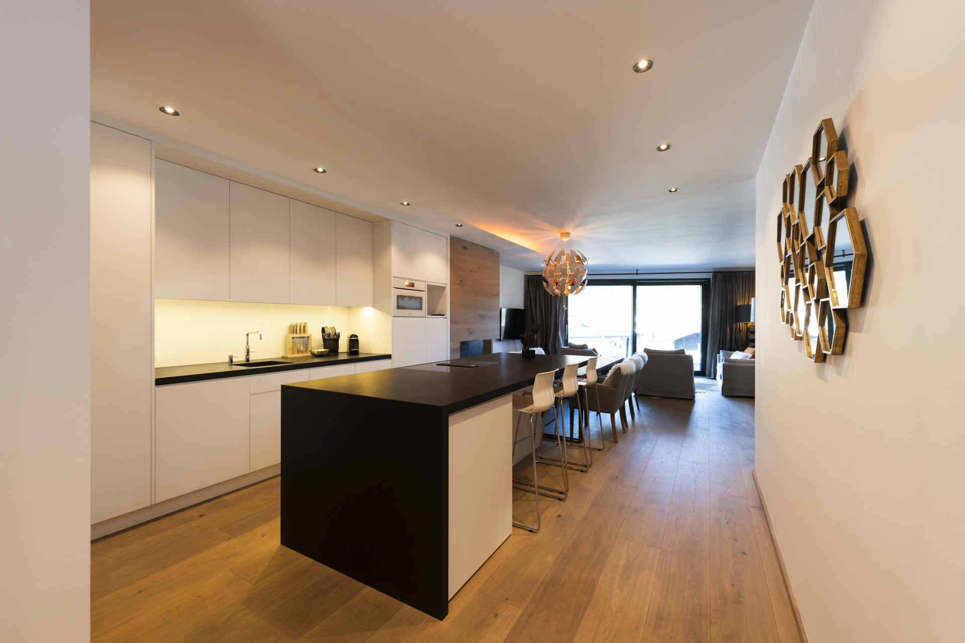 Tischlerei-Decker-Projekte-Wohnung-D-Kochinsel