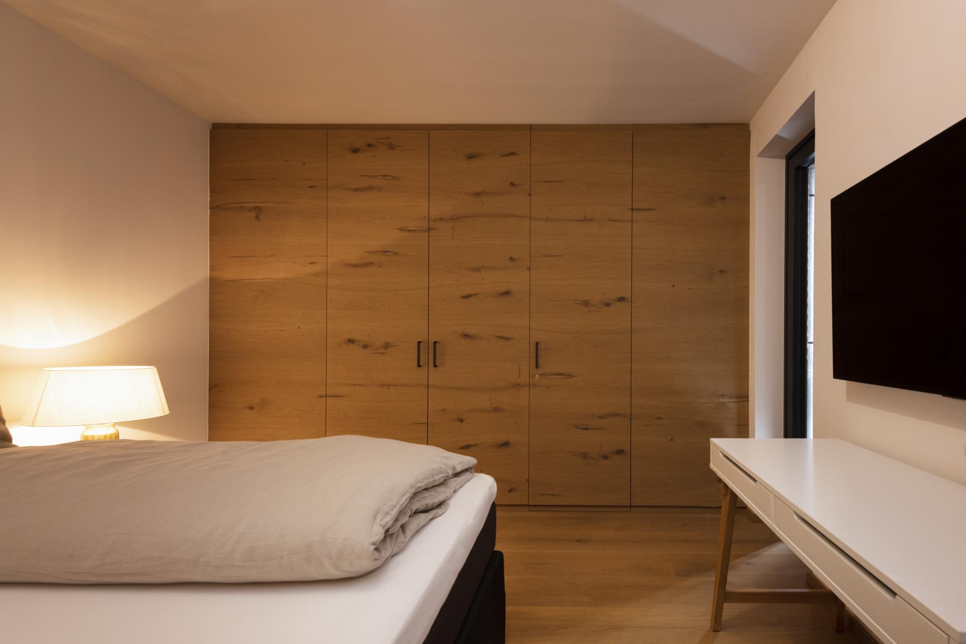 Tischlerei-Decker-Projekte-Wohnung-D-Schlafen-Doppelbett