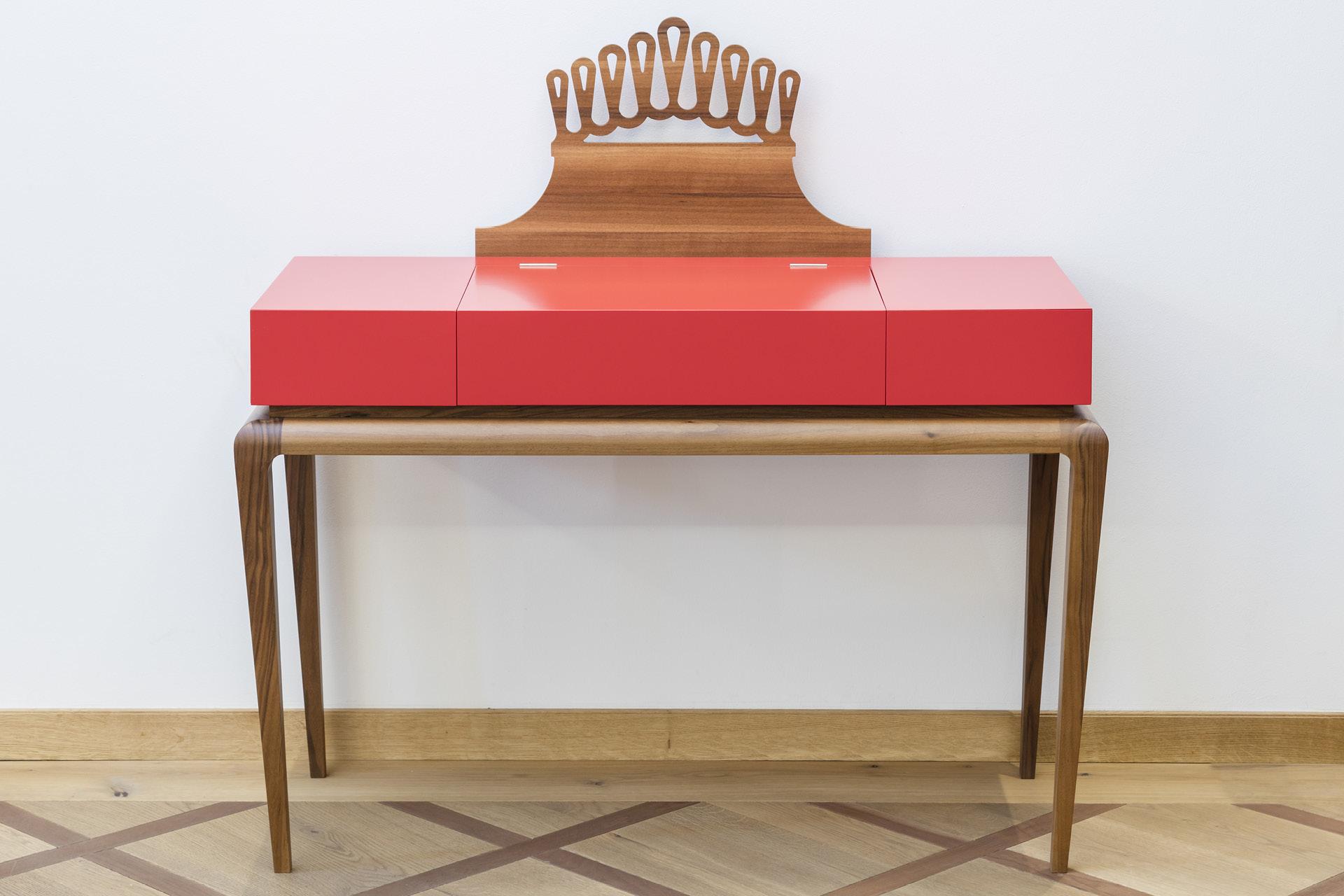 Tischlerei-Decker-Neuigkeiten-Auszeichnung-Gestaltung-und-Tischlerhandwerk2017-Art-Deco-Tisch
