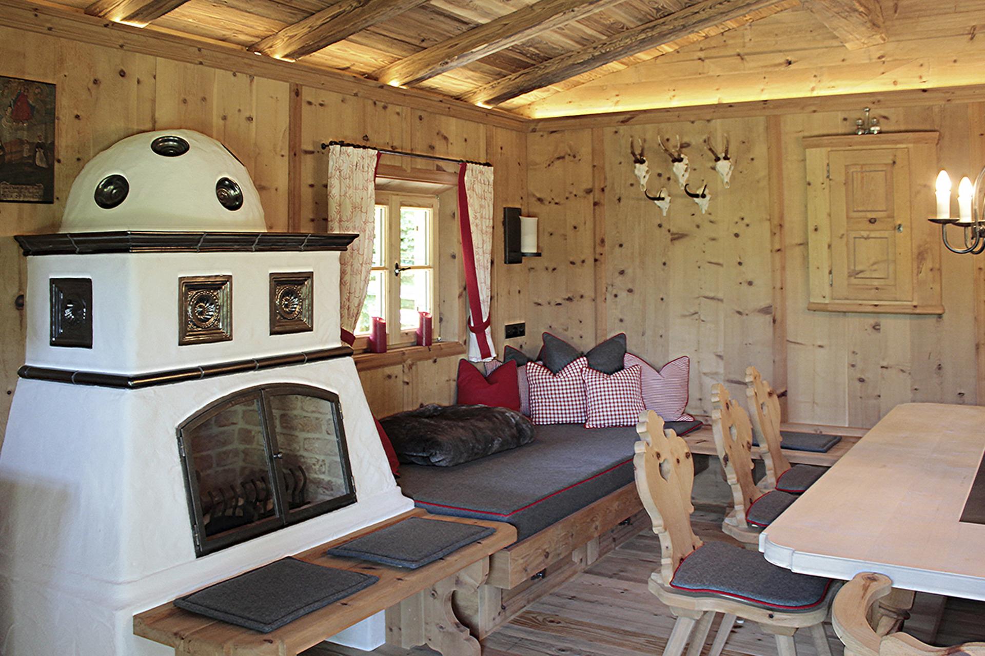 tischlerei-decker-Gartenhaus-Bauernstube