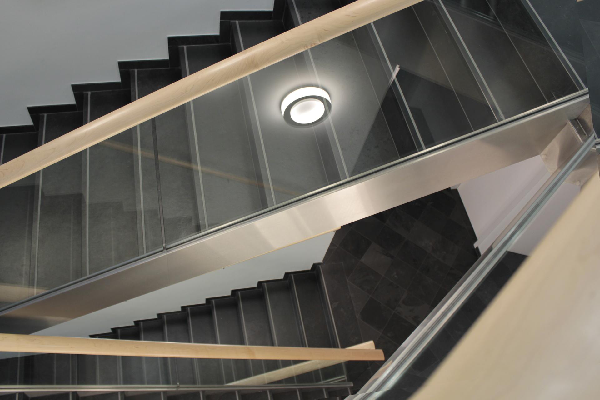tischlerei-decker-eurotours-treppenaufgang