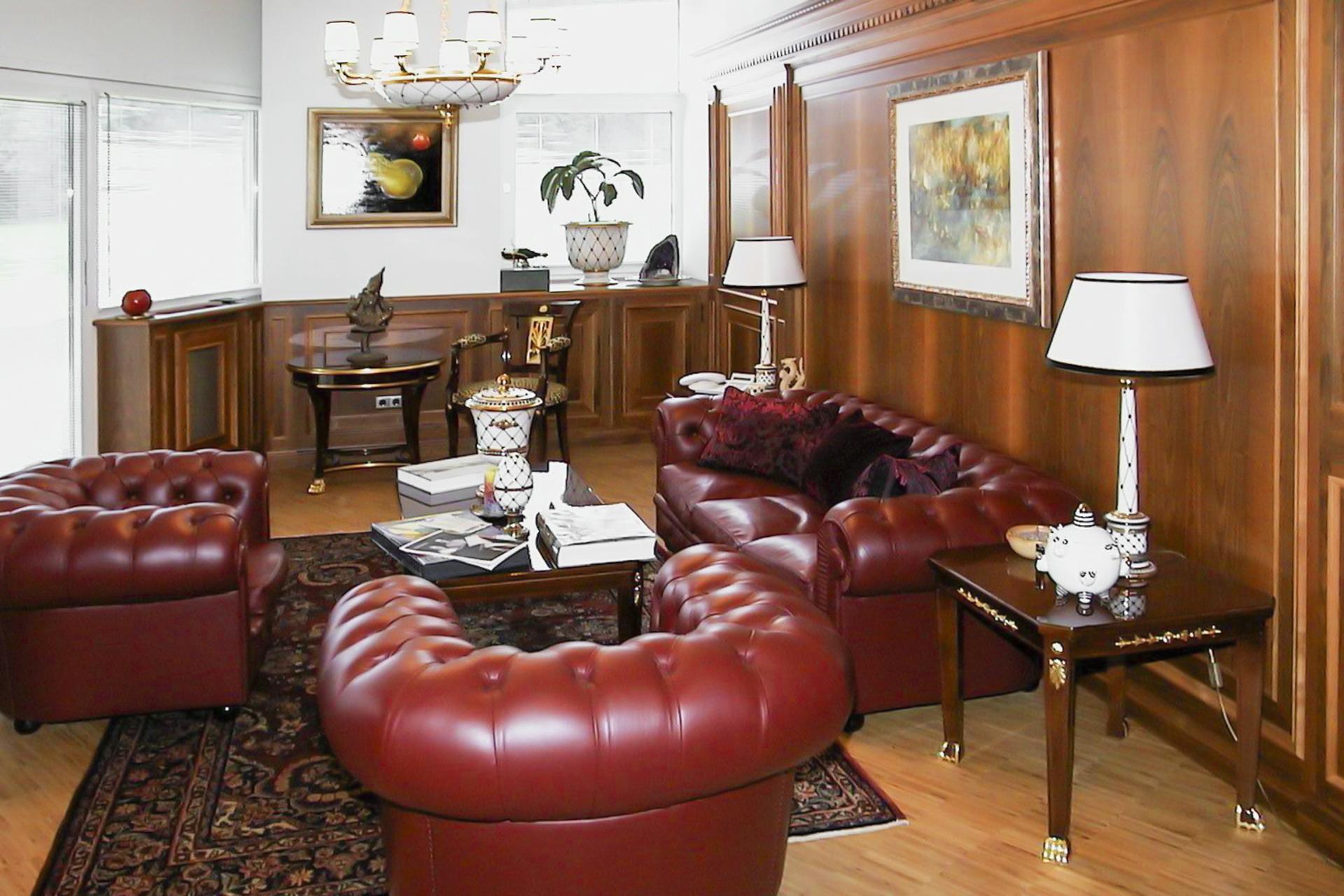 tischlerei-decker-ktw-chef-kolonialstil-chesterfield-sofa