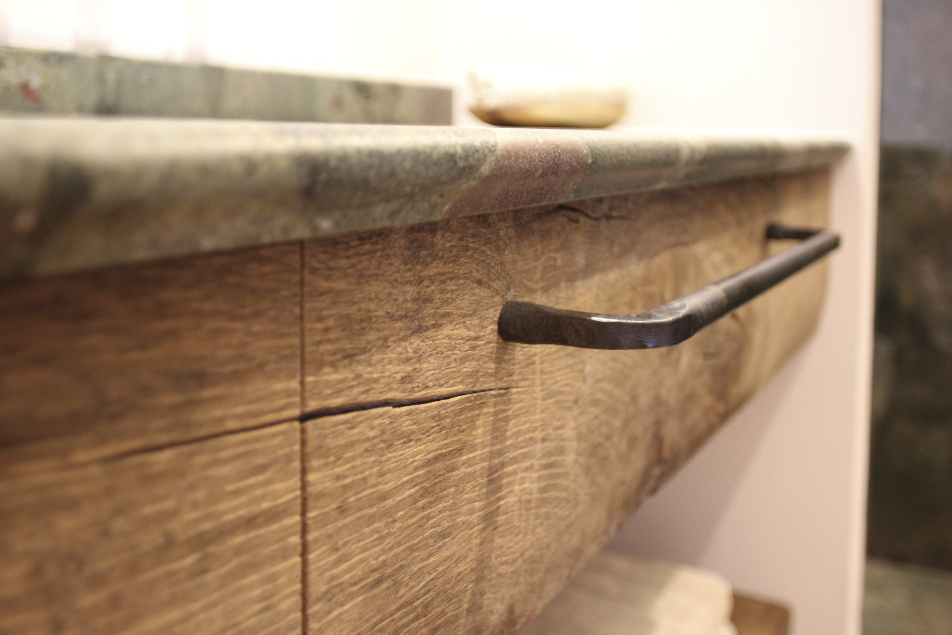 tischlerei-decker-landhaus-bayern-detail-schublade