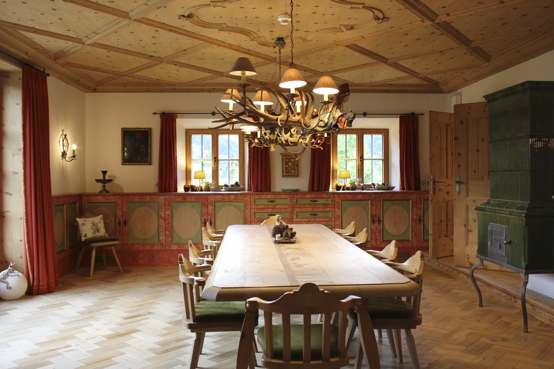 tischlerei-decker-landhaus-bayern-esszimmer