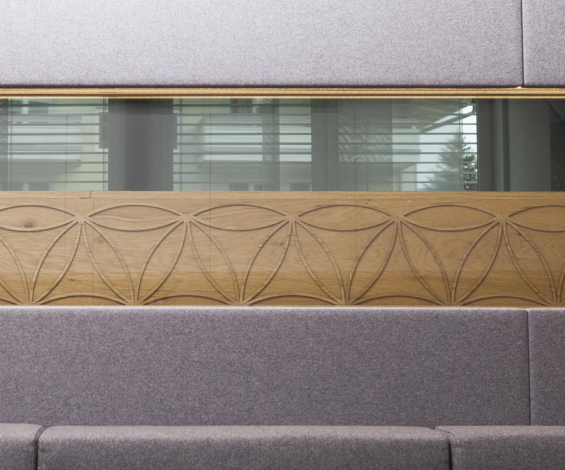 tischlerei-decker-notar-strasser-blumes-des-lebens-naturmaterialien-detail
