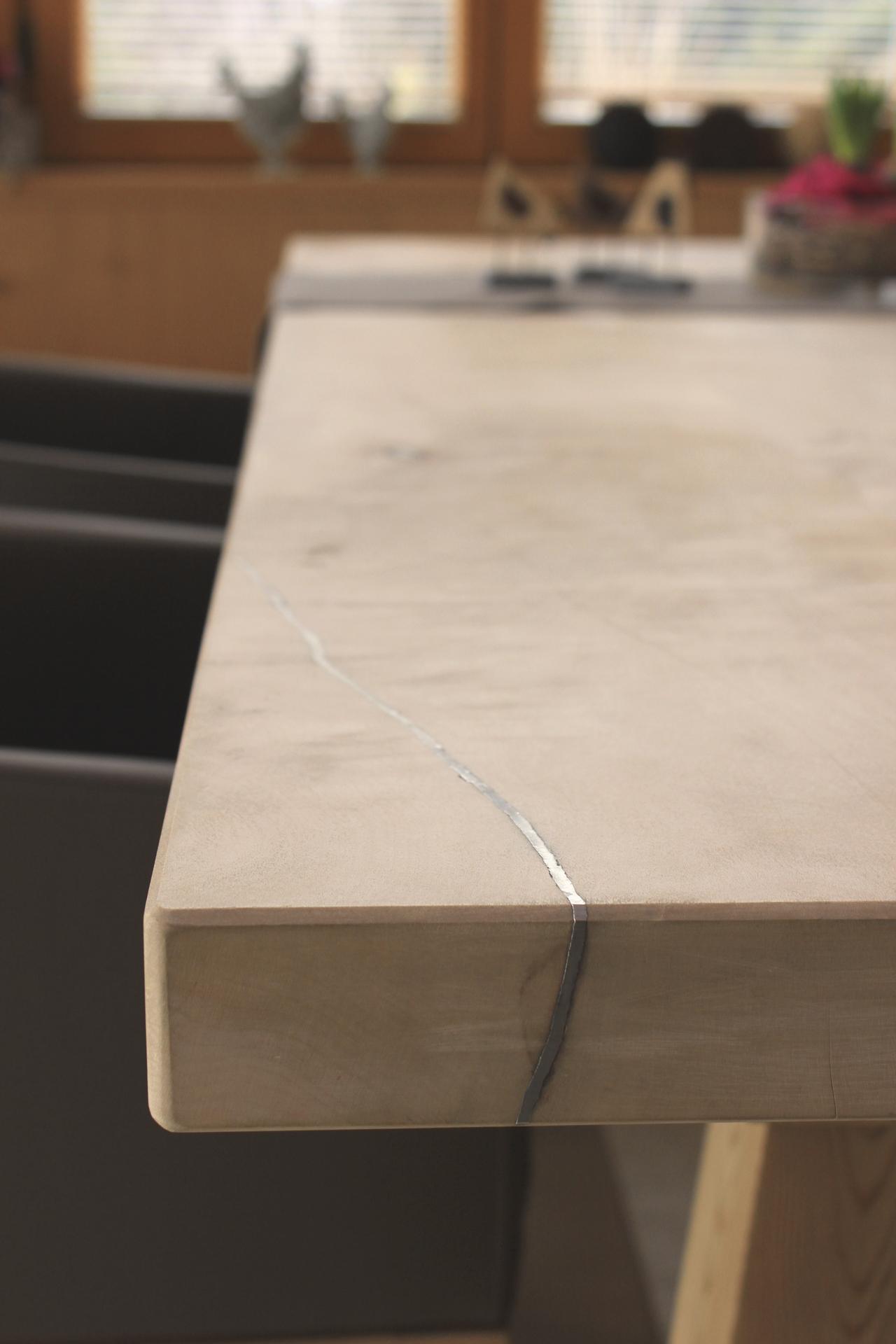 tischlerei-decker-tisch-detail-anita
