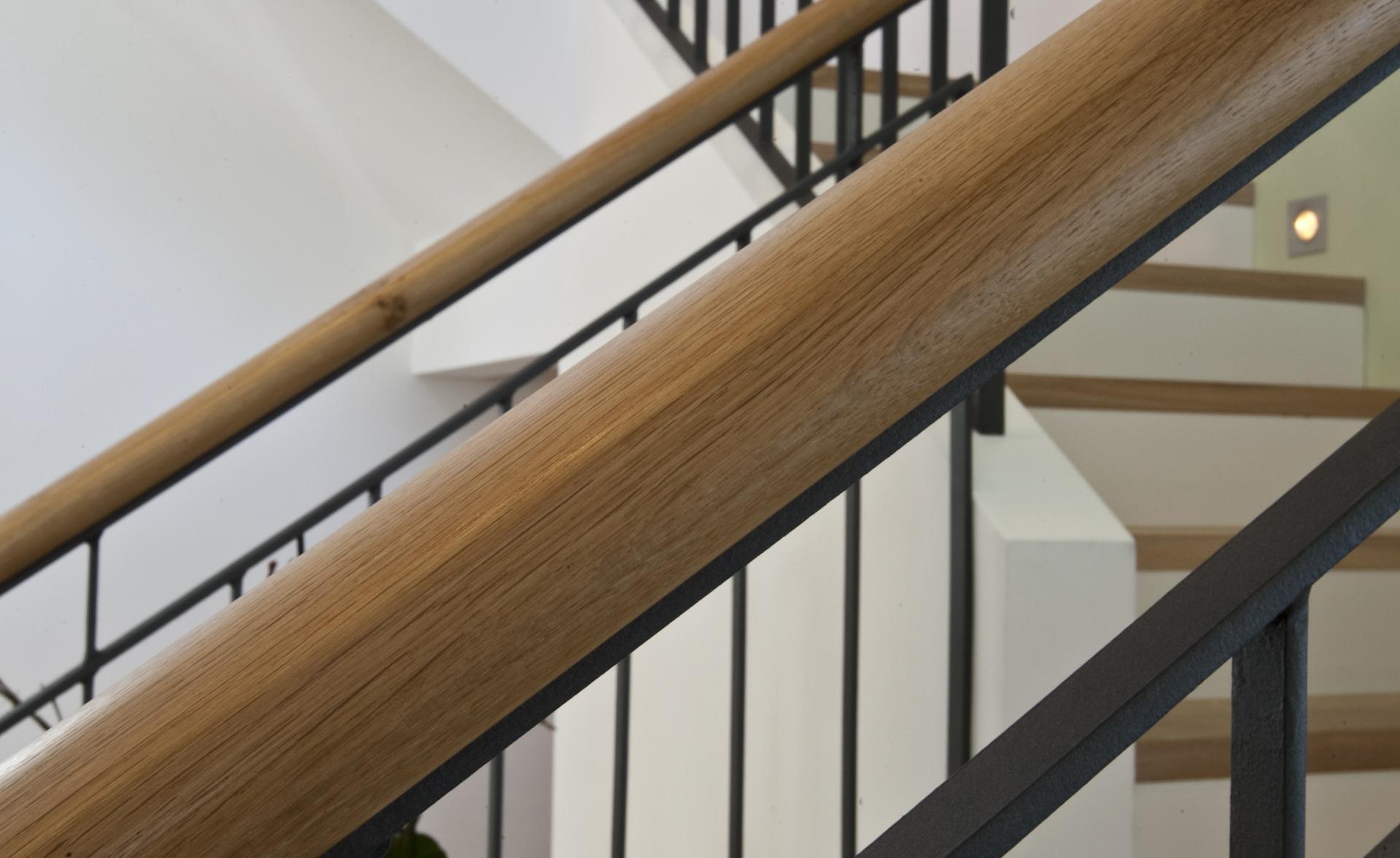 tischlerei-decker-villa-muenchen-stiegenaufgang