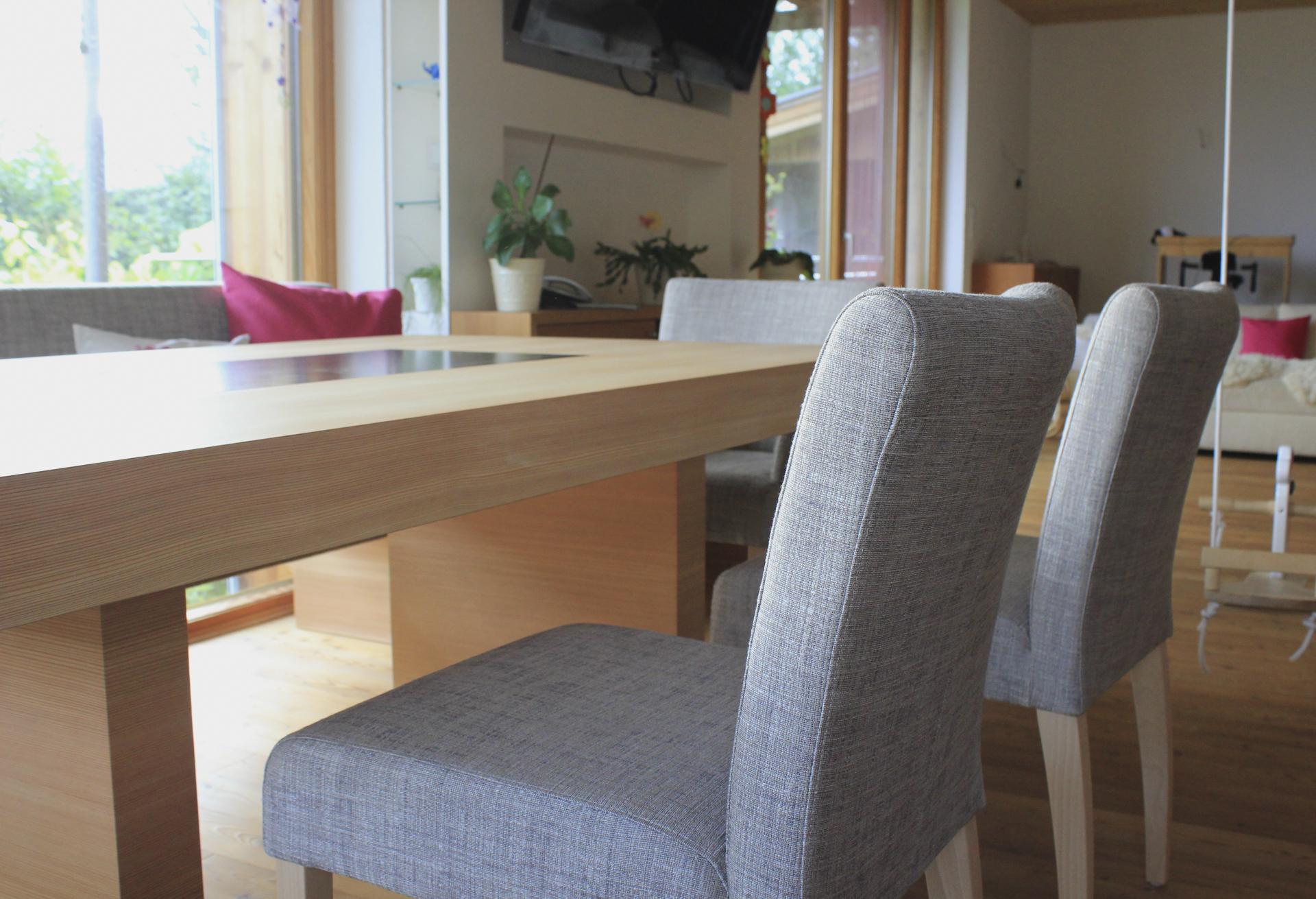 tischlerei-decker-wohnhaus-hofpgarten-interior-Sitzbank-Sessel