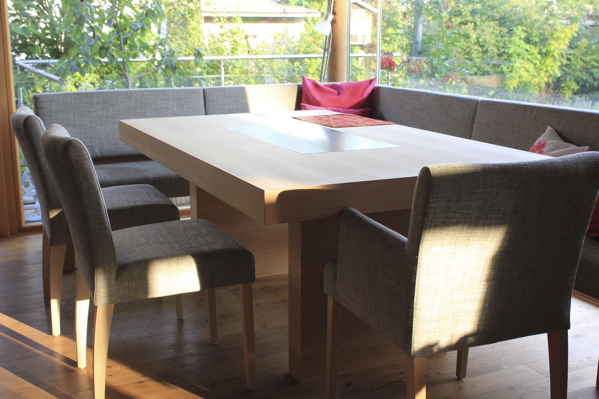 tischlerei-decker-wohnhaus-hofpgarten-interior-esstisch